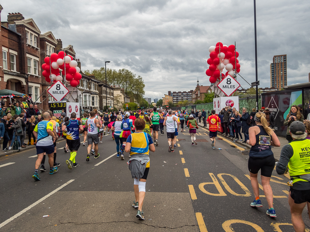 Mile 8 - Virgin Money London Marathon 2019 - Tor Rønnow